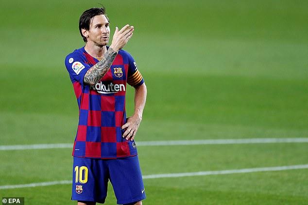 मेस्सी सर्वाधिक कमाइ गर्ने फुटबल खेलाडी, रोनाल्डो दोस्रो